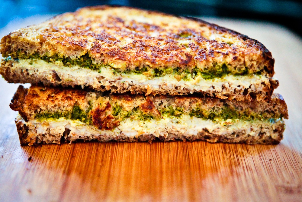 Grilled Pesto & Chvre Sandwich