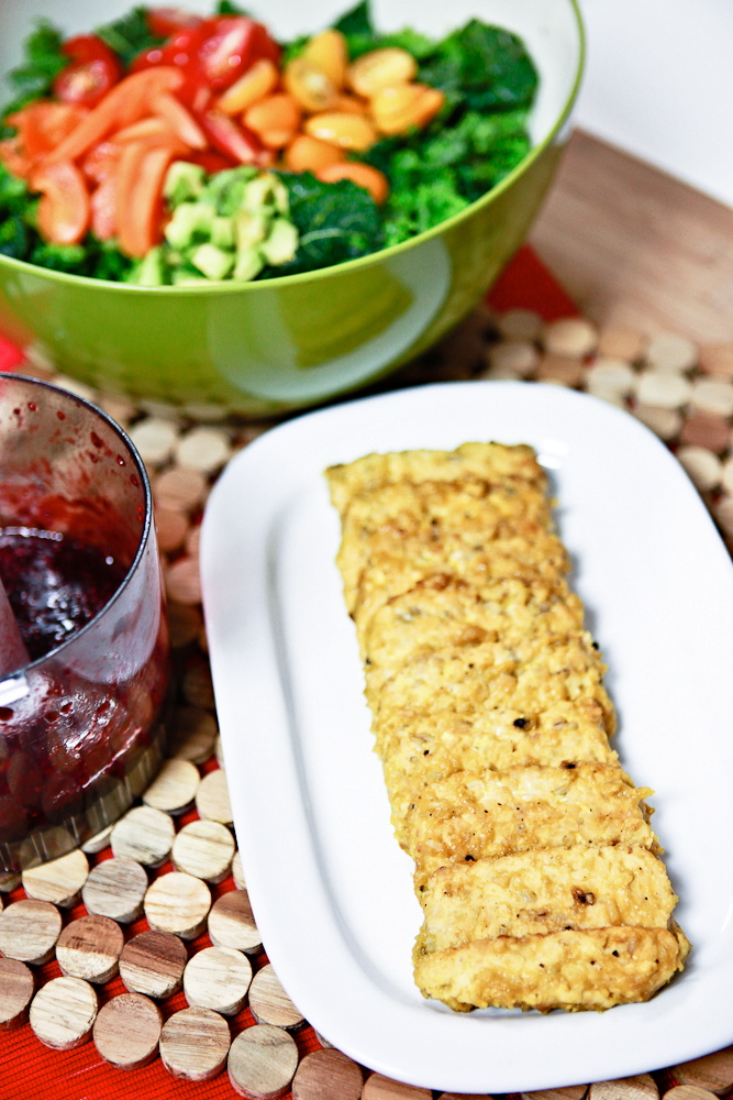 Mango Peppercorn Glazed Tempeh Salad with Balsamic Blackberry Chia Dressing