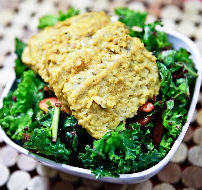 Mango Peppercorn Glazed Tempeh Salad