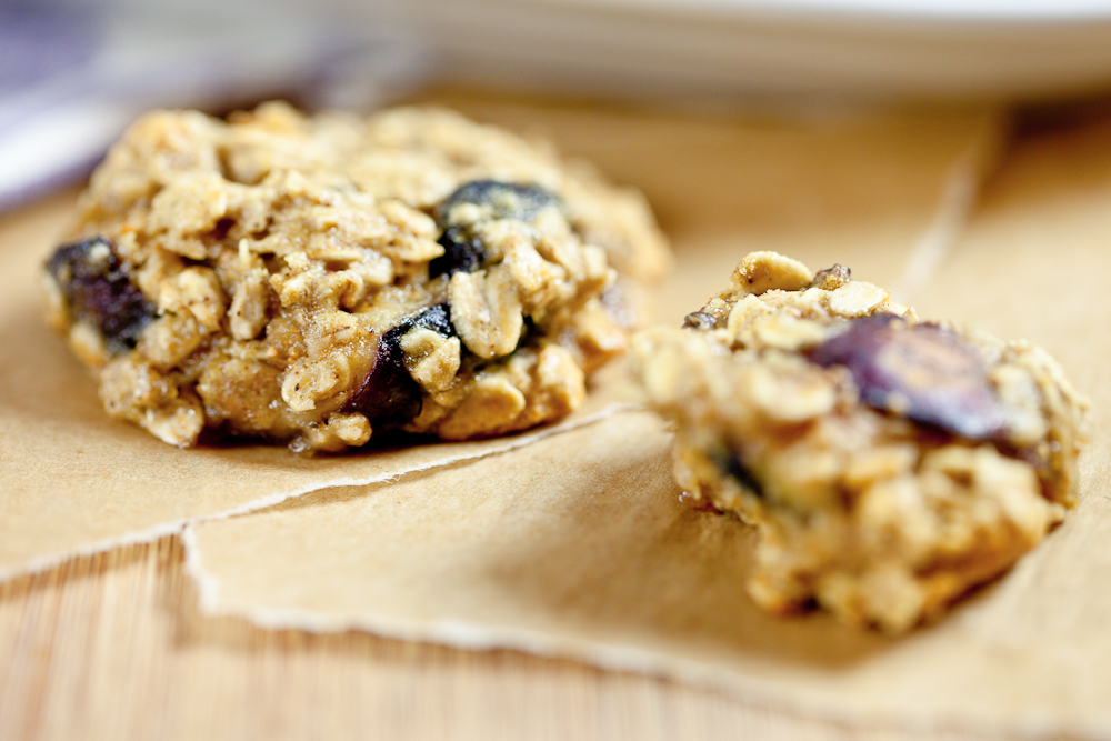 Cardamom Oatmeal Fig Cookies - Keepin' It Kind