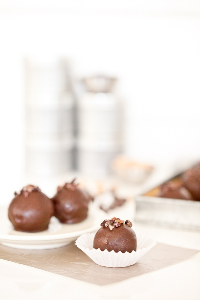 Chocolate Chickpea Truffles