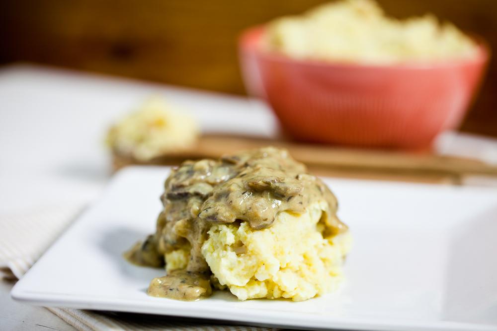 Chickpea Caulipots & Miso Mushroom Gravy