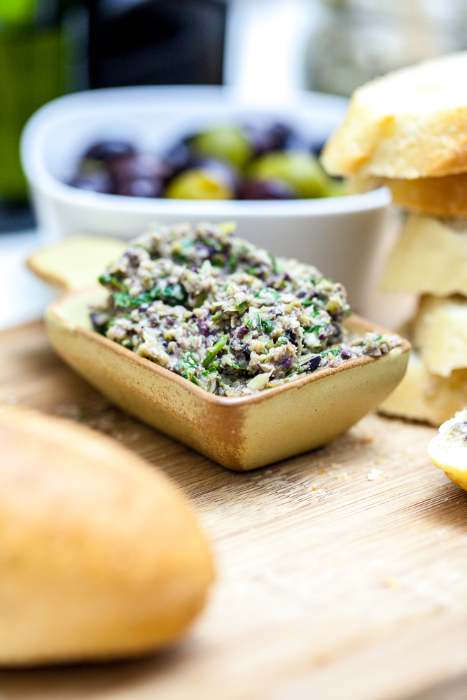 hot olive and artichoke dip artichoke olive crostini green olive ...