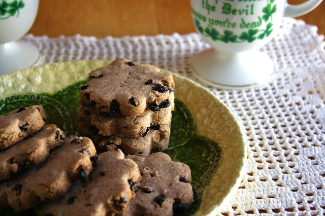 Irish Currant Tea Biscuits