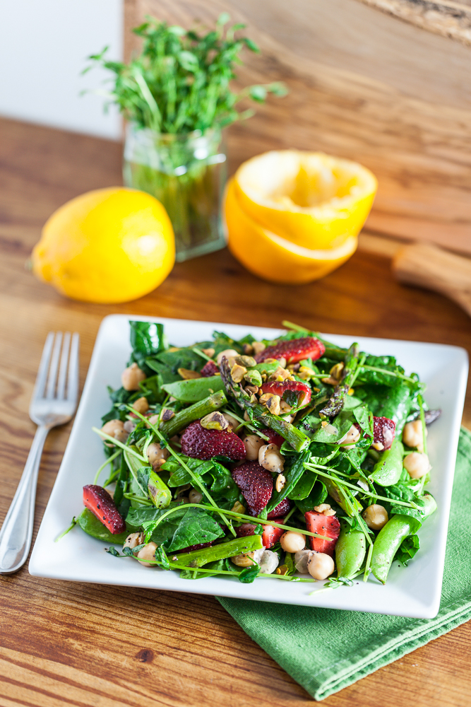 Springtime Strawberry Spinach Salad with Lemon Poppy Seed Dressing