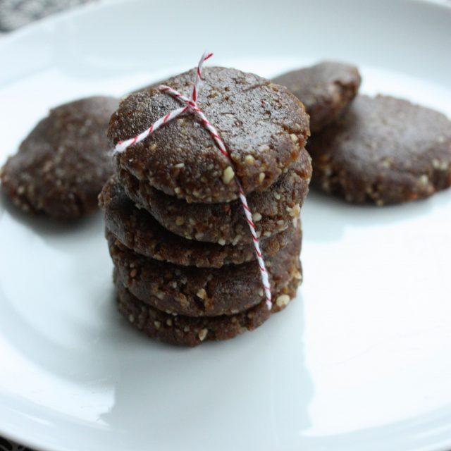 Gena's (Mostly) Raw, Vegan Gingerbread Cookies