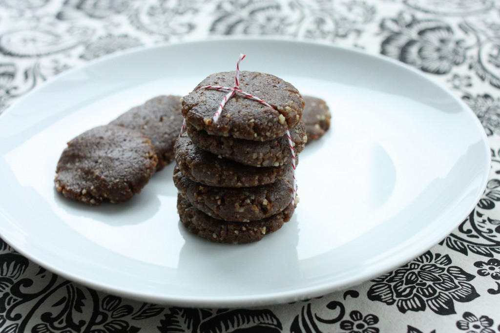 Gena's (Mostly) Raw, Vegan Gingerbread Cookies