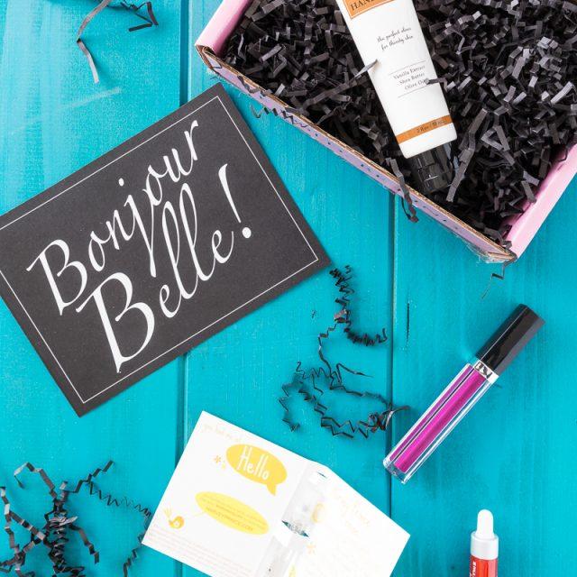 Petit Vour Beauty Box Review & GIVEAWAY!