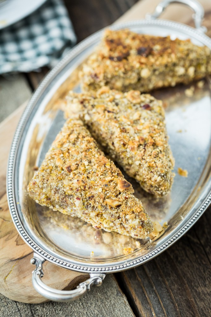 Maple Hazelnut-Crusted Tempeh Cutlets