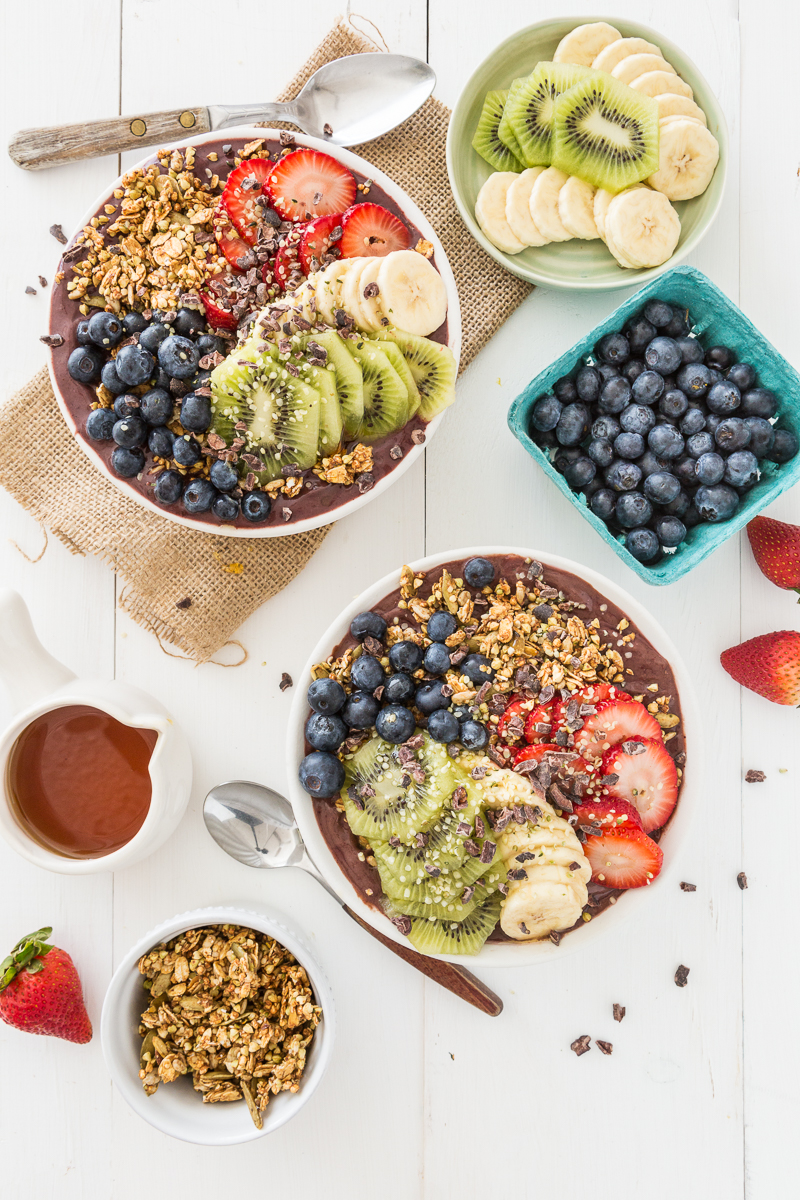My Favorite Açai Bowl + My Tips & Tricks for a Stellar Smoothie Bowl