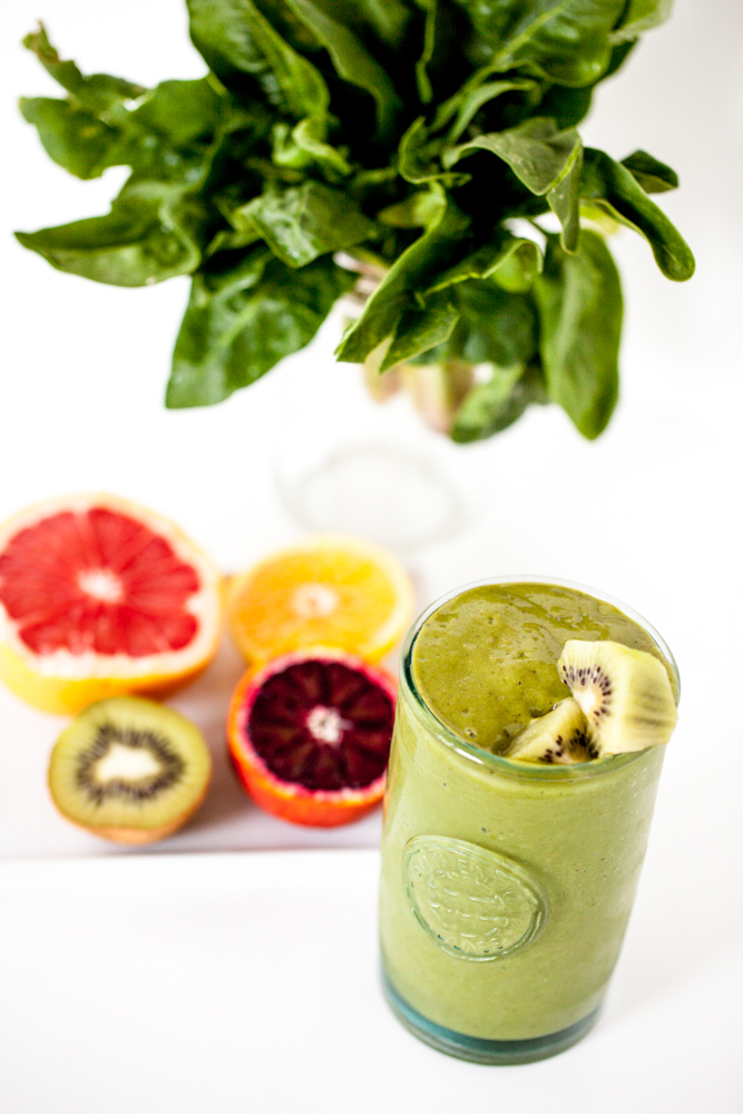Winter Citrus Green Smoothie