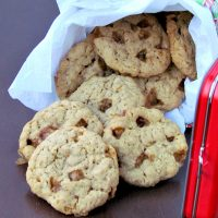 Toffee Oatmeal Cookies