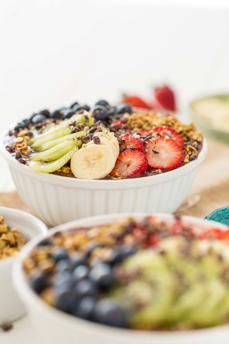 My Favorite Acai Bowl + Tips & Tricks for a Stellar Smoothie Bowl